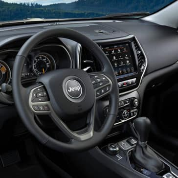 2020-Jeep-Cherokee-Dash