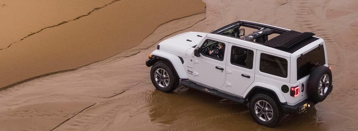 2020 White Jeep Wrangler