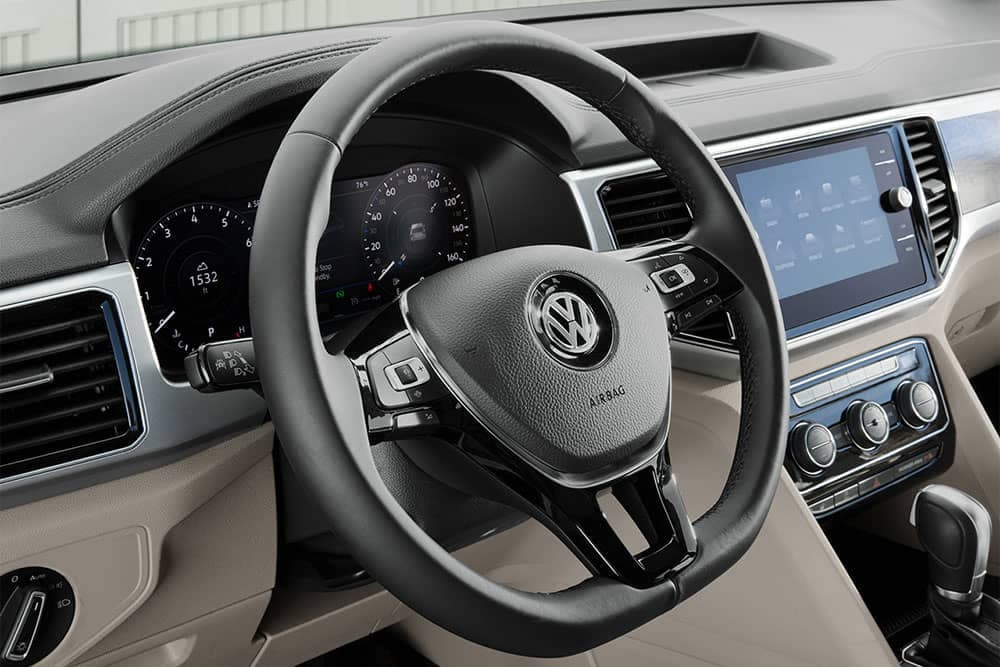 2019 VW Atlas Steering wheel