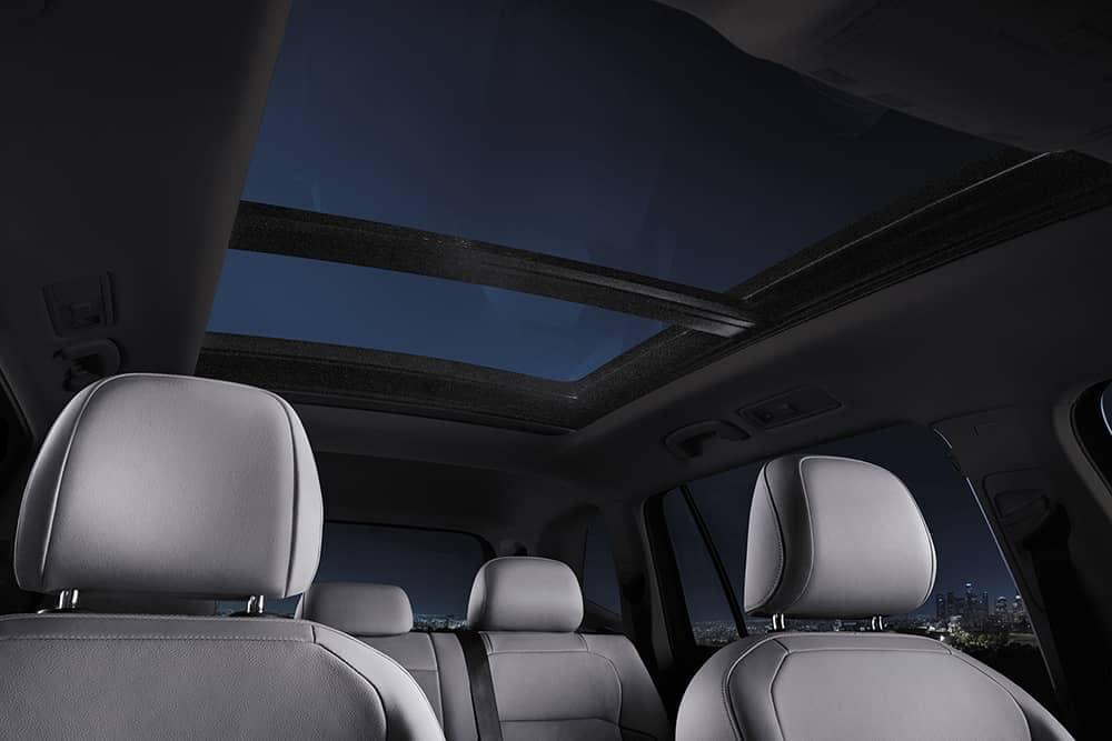 2020 VW Tiguan Sunroof