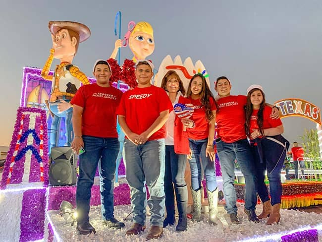 Community and Events - McAllen-Holiday-Parade-2