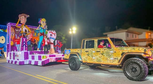 Community and Events - McAllen-Holiday-Parade-3