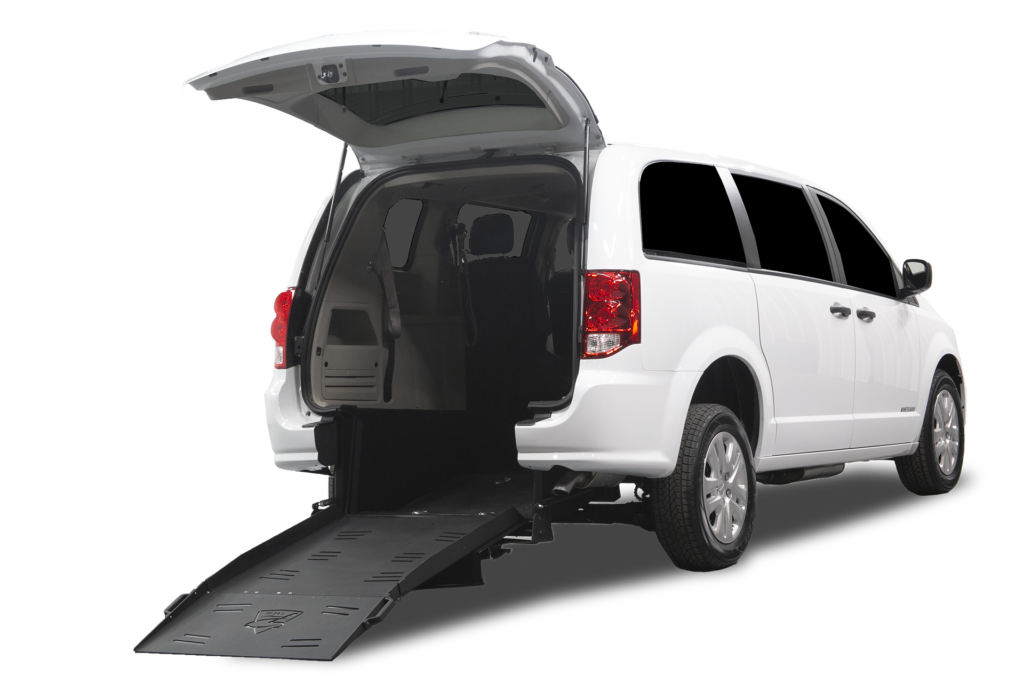 Dodge-Grand-Caravan-Superwide-Rear-Entry