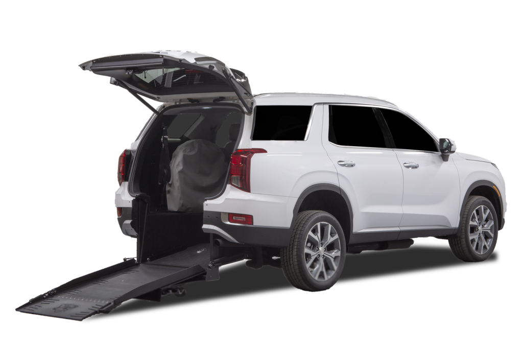 Hyundai-palisade-wheelchair-accessible-rear-entry