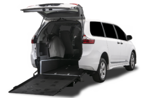 Toyota Sienna - Rear Entry