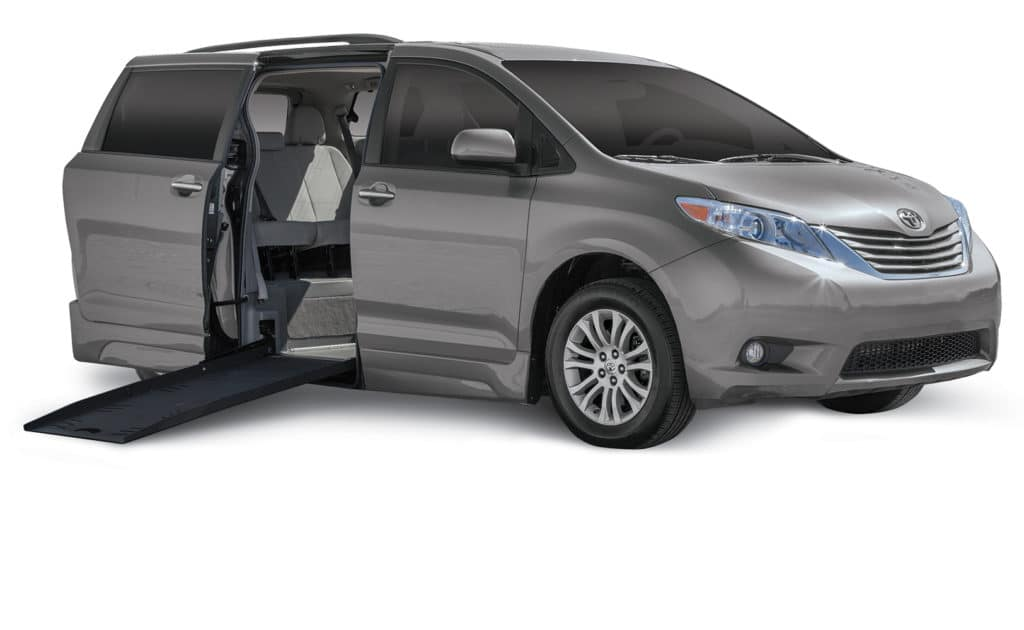 Toyota Sienna - Side Entry