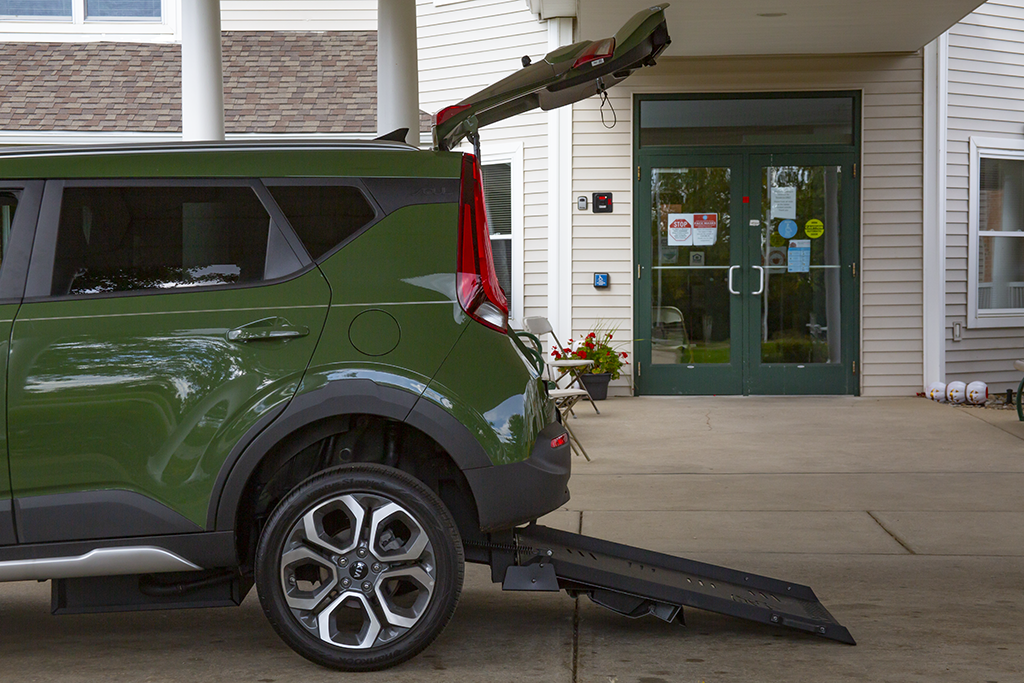 Kia Soul - Rear Wheelchair Ramp