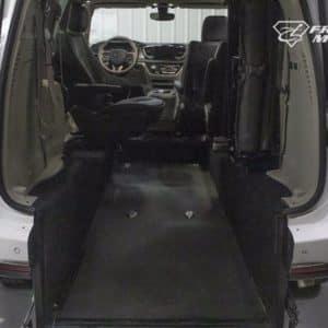 chyrsler-pacifica-rear-ramp-detail