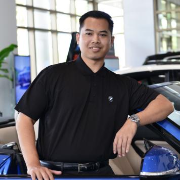 Adam Phanthanivong