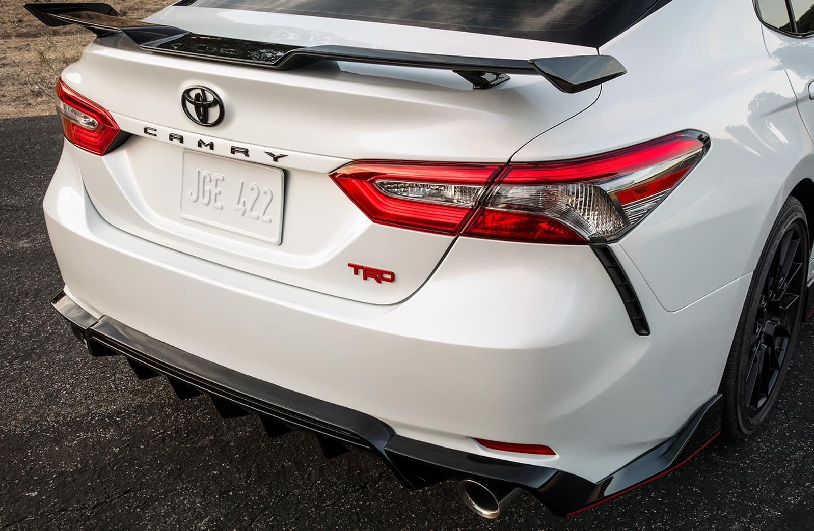 Model Features of the 2020 Toyota Camry at Hanover Toyota | 2020 camry tailend
