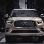 Head on view of a 2021 INFINITI QX80