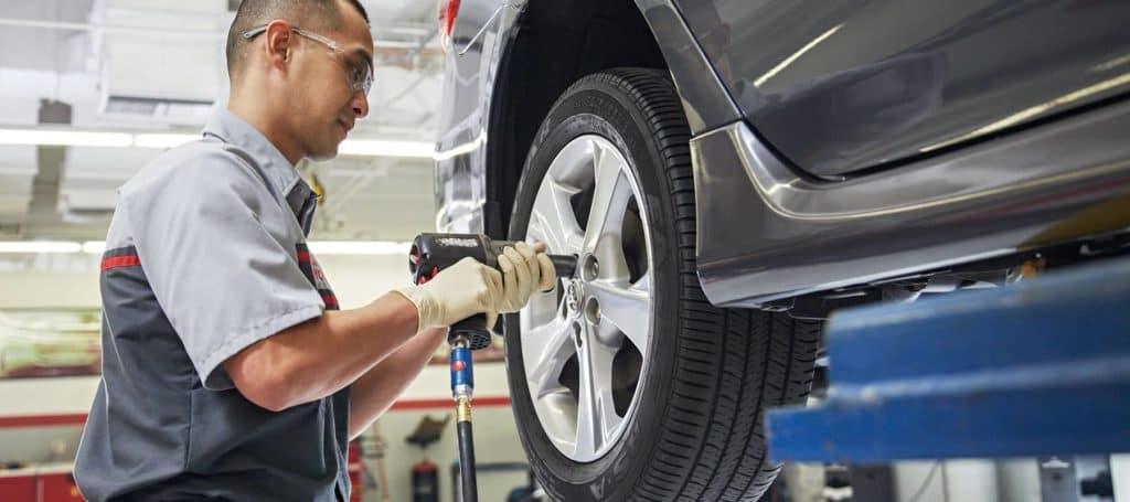Toyota_Tires_2