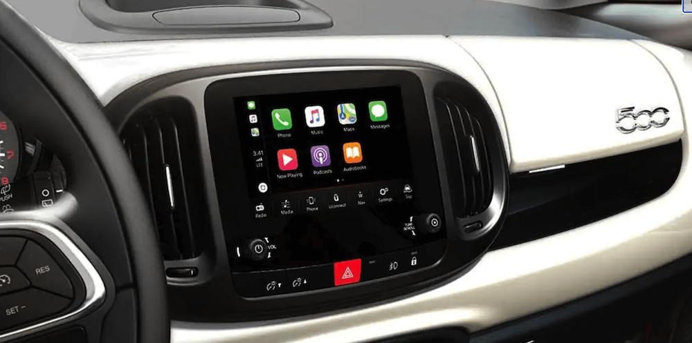 2020 Fiat 500L Interior