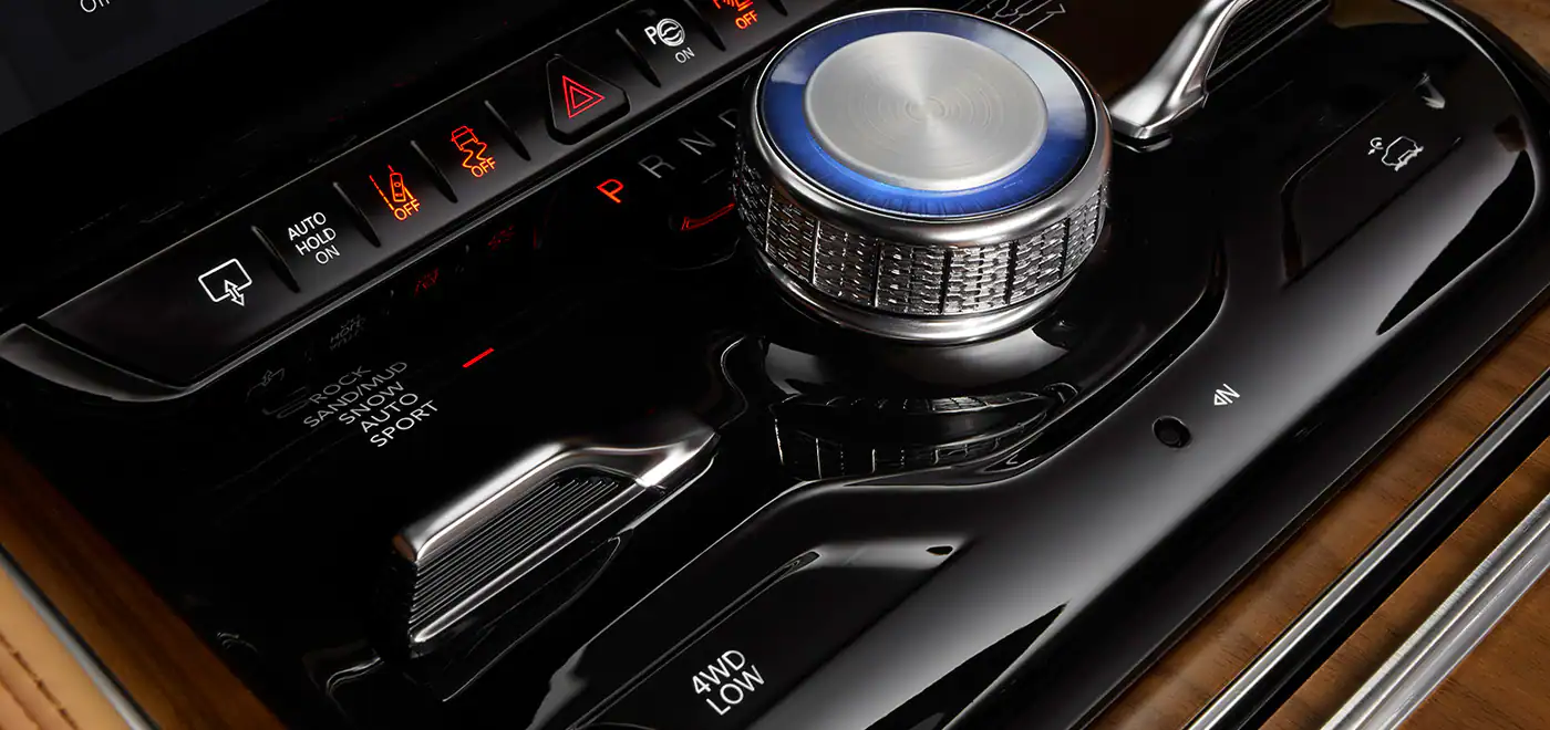 2022 Jeep Wagonner interior console control