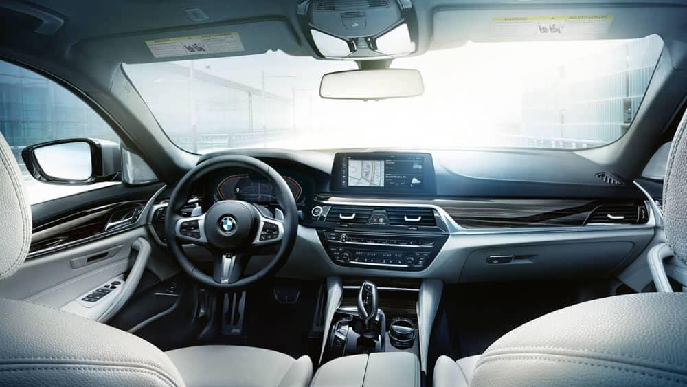 2020 BMW 5 Series Dash