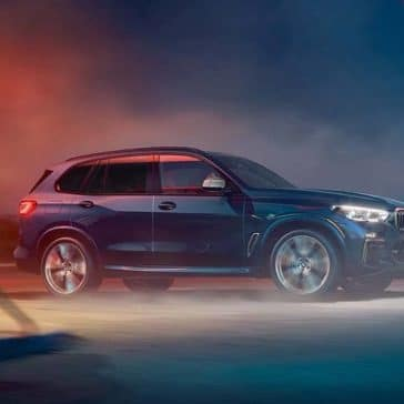 2020 BMW X5 Driving