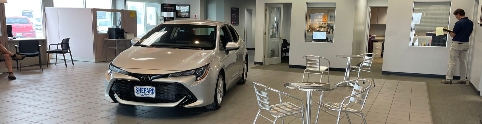 Image of inside waiting room of Shepard Toyota