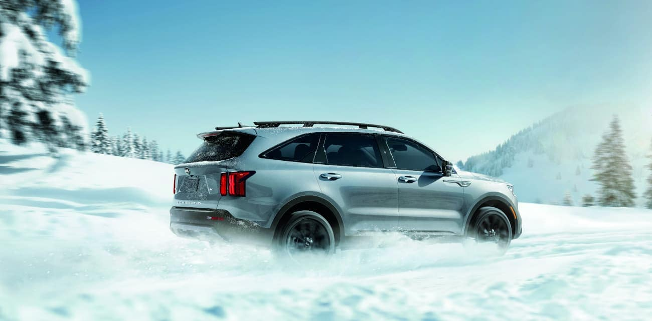 2021 Kia Sorento driving in snow