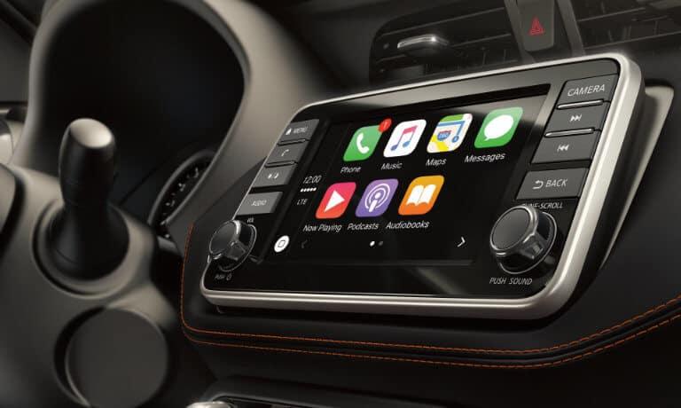 2020 Nissan Kicks Interior Car Play Tech