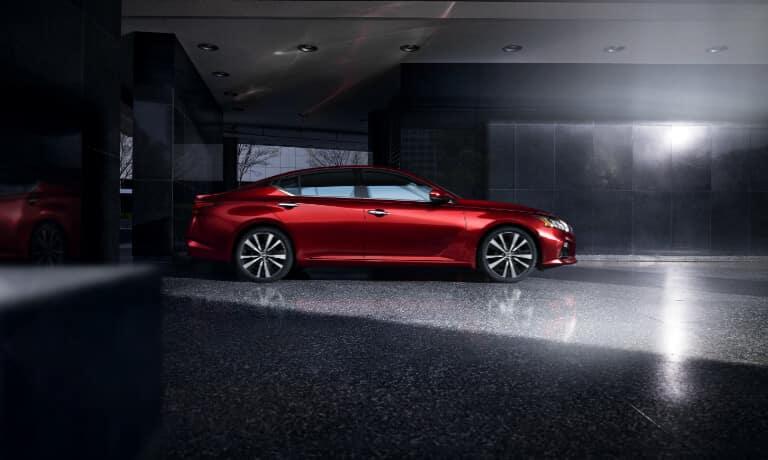 2020 Nissan Altima exterior