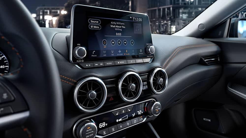 2020 Nissan Sentra Technology
