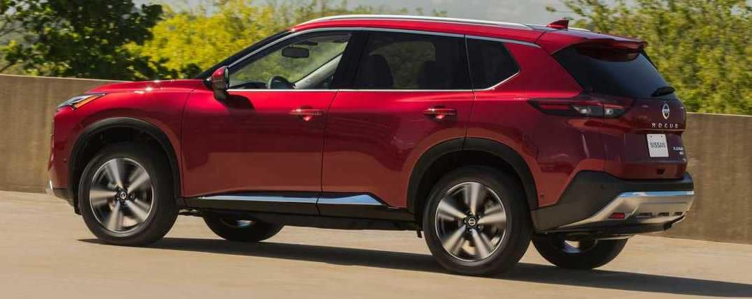 2021 Nissan Rogue parked uphill