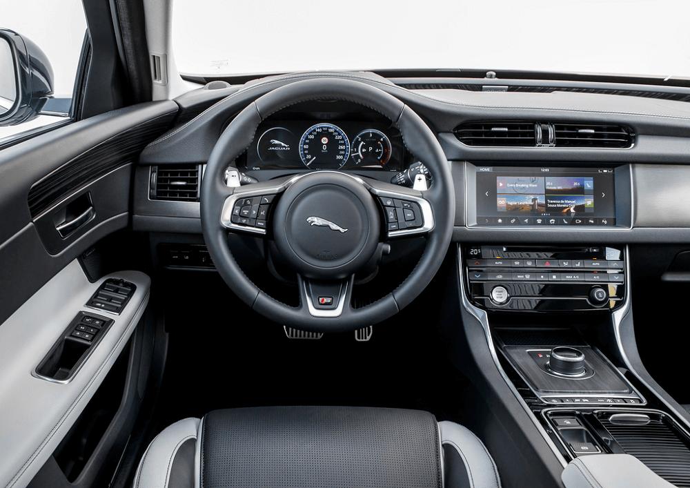 Jaguar XF Interior